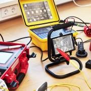 Seminar: Ortsveränderliche elektrische Betriebsmittel - Prüfung nach DIN VDE 0701-0702