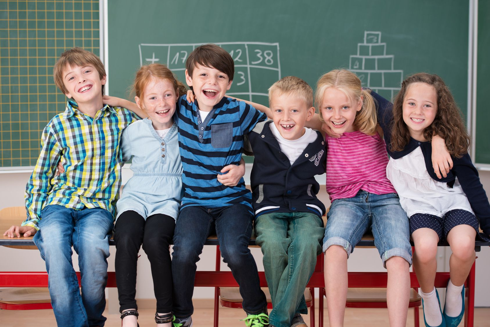 """Sicherheit in der Schule: Die neue Norm DIN V VDE V 0827 Teil 1 """"Notfall- und Gefahren-Reaktionssysteme (NGRS)"""""""