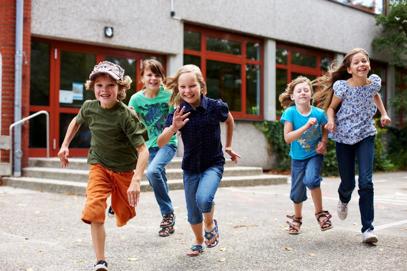Technischer Risikomanager nach DIN VDE V 0827 für Notfall- und Gefahren-Systeme NGRS für Schulen
